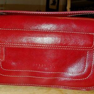 Kenneth Cole Reaction Clutch Leather Handbag!
